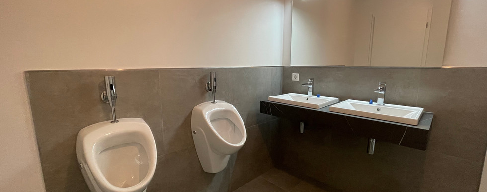 Herren WC Gewerbe 1.jpg