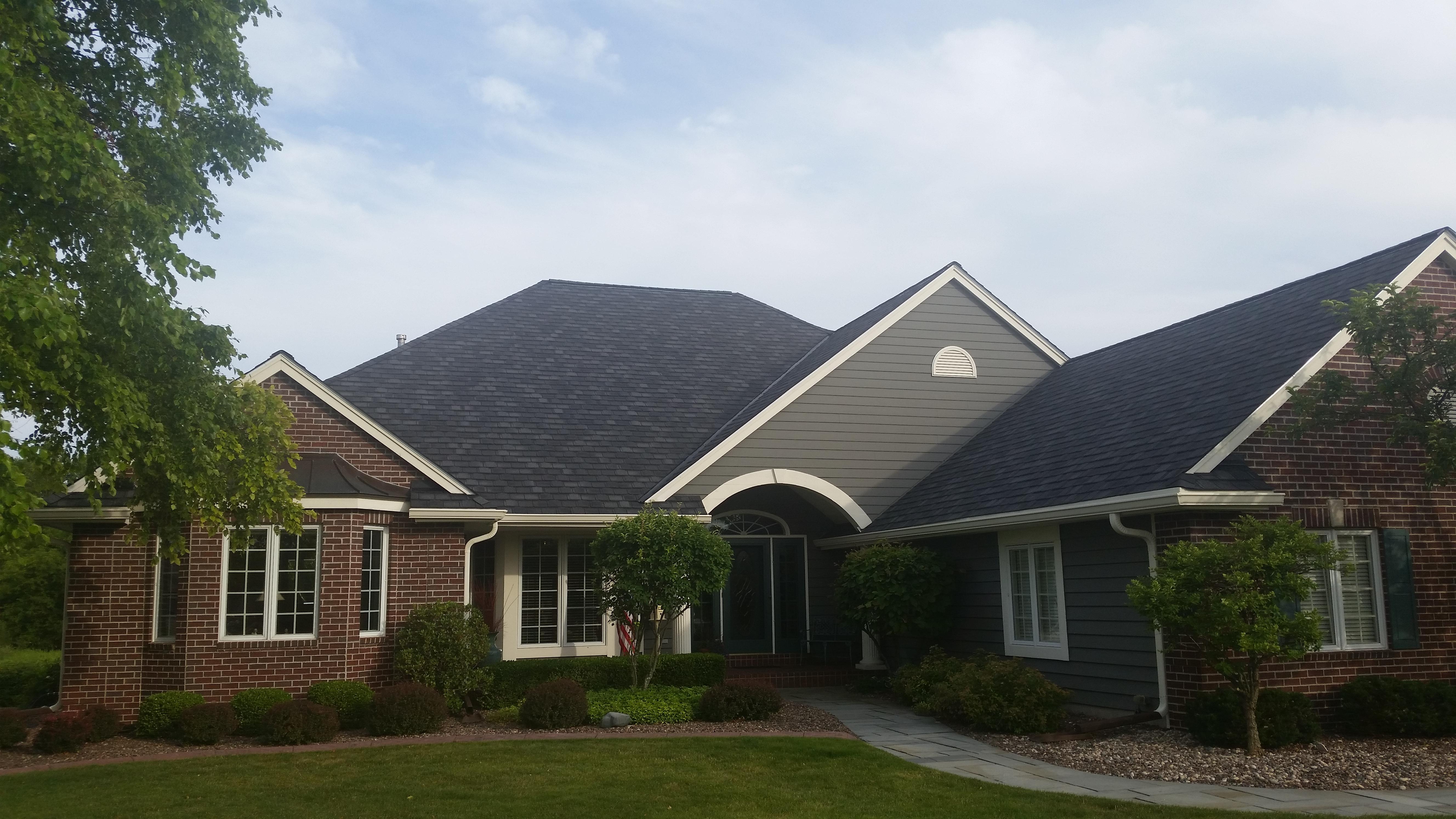 Waukesha Roofing contractor