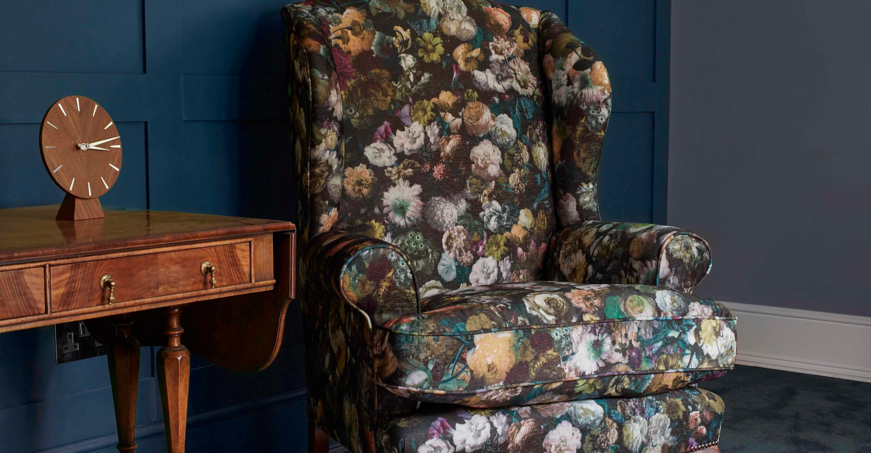 Sofas, armchair, wingchair cheltenham.jp