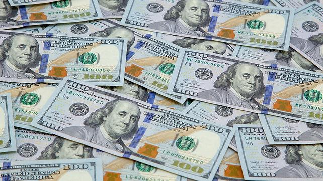 blue hundreds dollar bills.jpeg