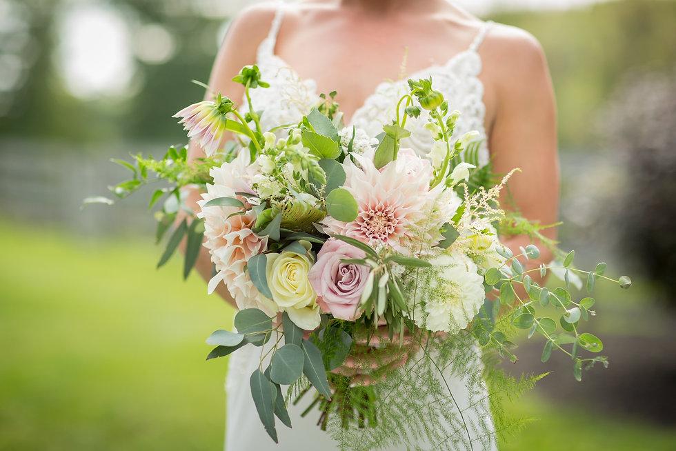 dahlia bouquet.jpeg