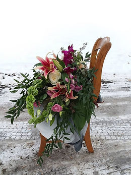 wedding-bouquet-chair.jpg