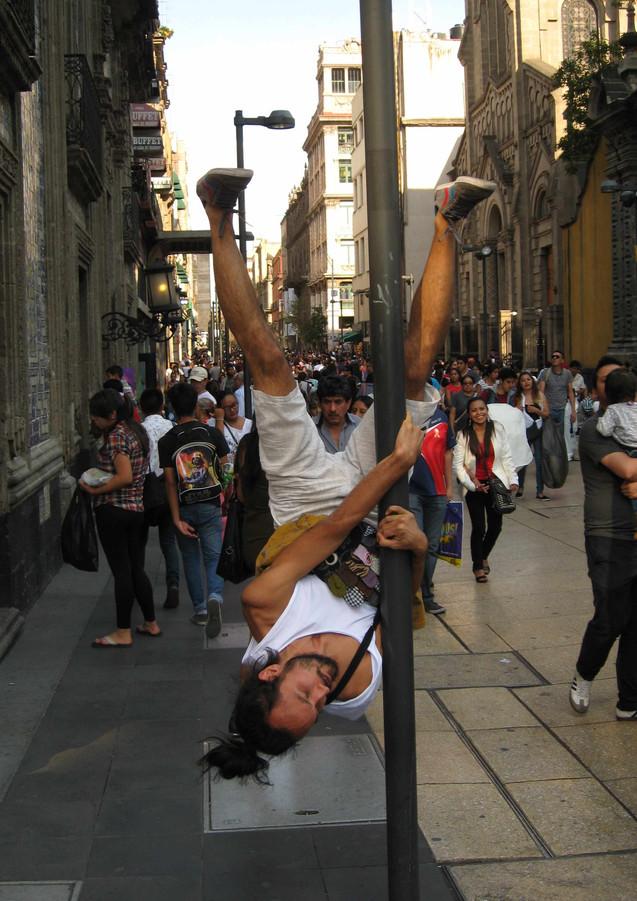 mexico city street performance Lantern1.