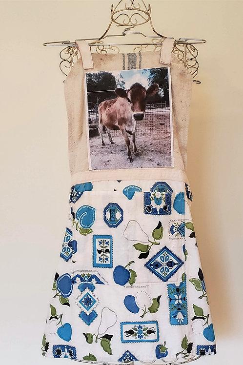Feed Sack Apron Cow