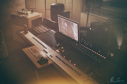 controlroom1.JPG