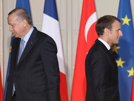 Presidente da Turquia volta a atacar Macron: 'Que a França se livre dele o mais rápido possível'