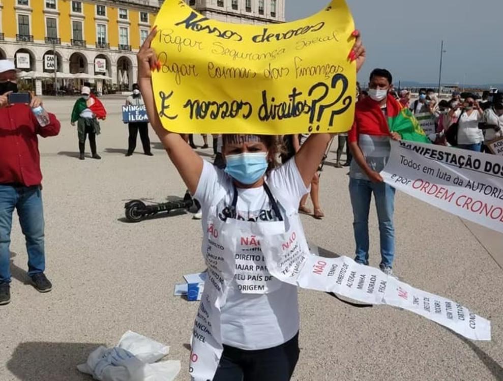 Brasileiros sem visto de residência serão recebidos pelo governo de Portugal
