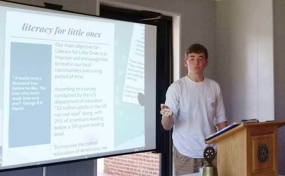 Baylor Webb discusses his service project idea with the Rotary Club of Fulton.