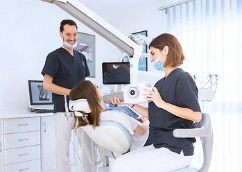 femininas-odontologo-varredura-paciente-