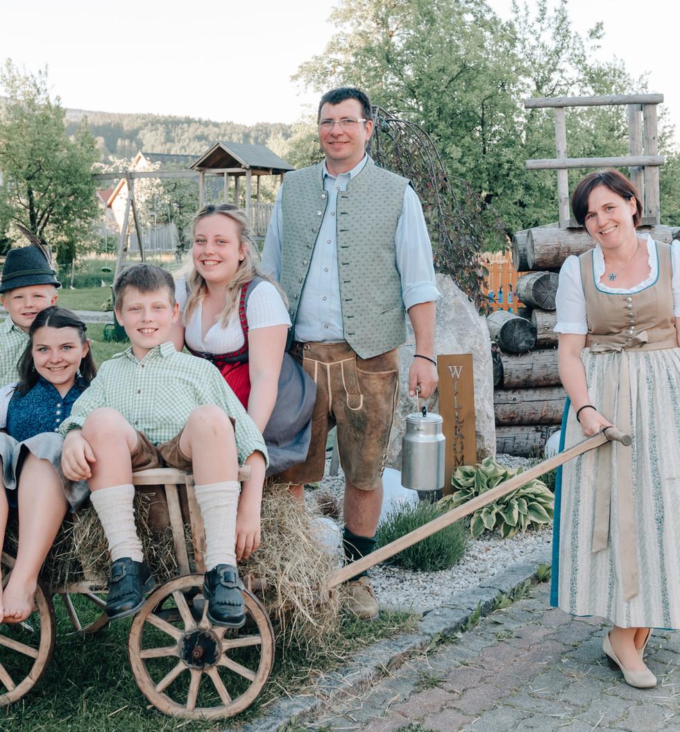 FAMILIENSHOOTING Fam. Schmidhuber Familienfotografin Karin Asen