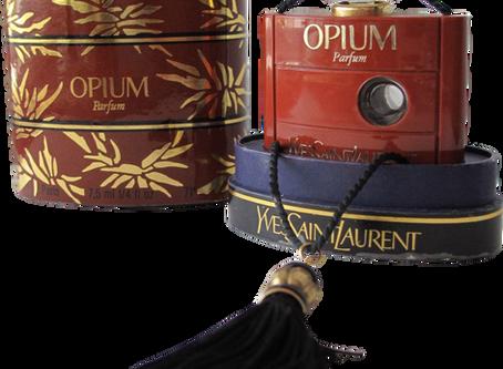 Histoire de l'emblématique Opium - YSL (1976)