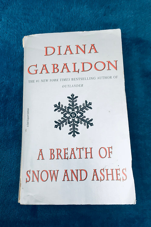 'A Breath of Snow and Ashes' by Diana Gabaldon