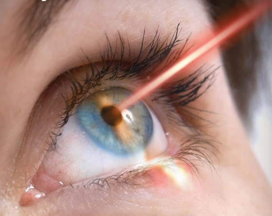 Advantage and Disadvantage of Laser Eye Treatment