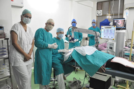 How Cataract Surgery Operating In India