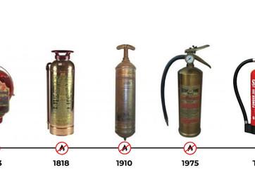 Sejarah Alat Pemadam Api dari Bentuk dan Medianya