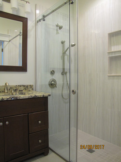Carnevale Plaza Custom Bath