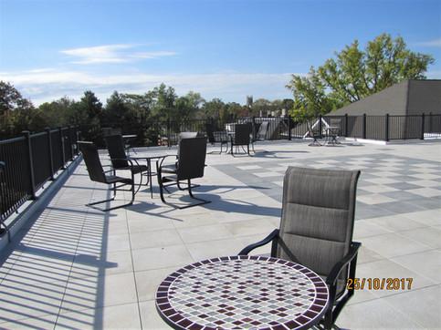 Carnevale Plaza Rooftop Lounge