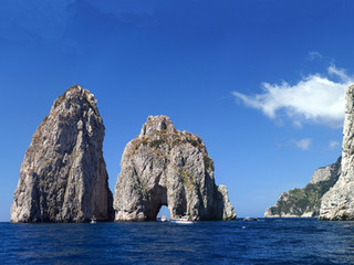 day trip to Capri and Blue Grotto