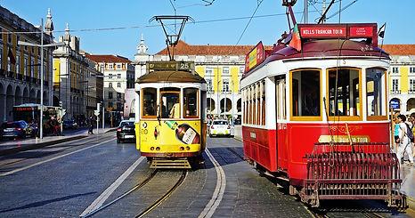 1._Lisbon_city_life.jpg