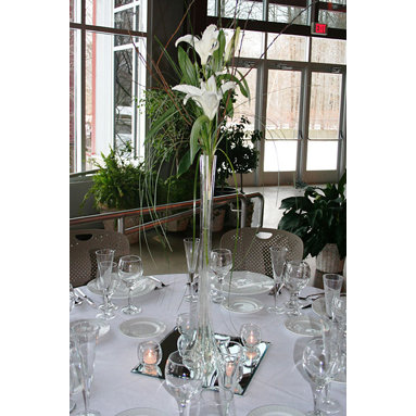 TALL LILY VASE TABLE CENTER PIECE