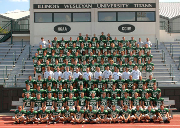 '08 football team web size.jpg