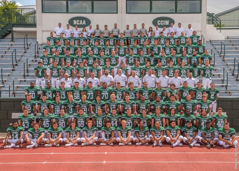 IWU Titans 2016 medium_football_team_edi