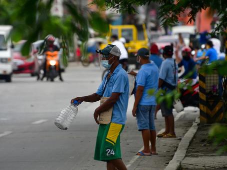 フィリピン東南アジア最大の落ち込み