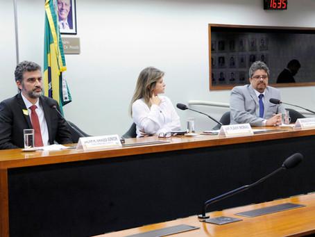Salah H. Khaled Jr discute games e ataques a tiros em audiência pública na Câmara dos Deputados