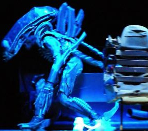 High School Adapts 'Alien' for the Stage, Goes Viral