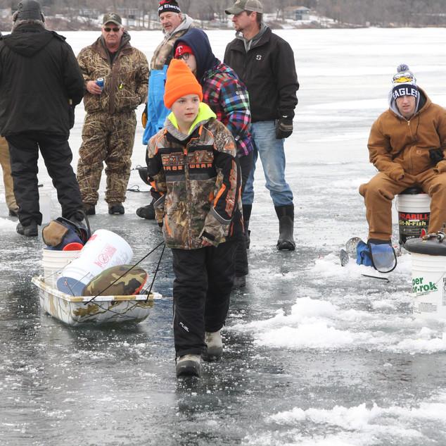 IMG_3638-EV ice fishing.JPG