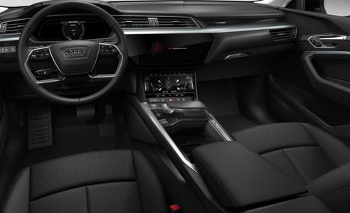 Audi e-tron Attraction 50 quattro_3.jpg