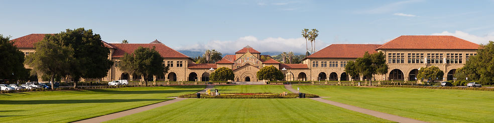 Stanford_Oval_May_2011_panorama.jpg