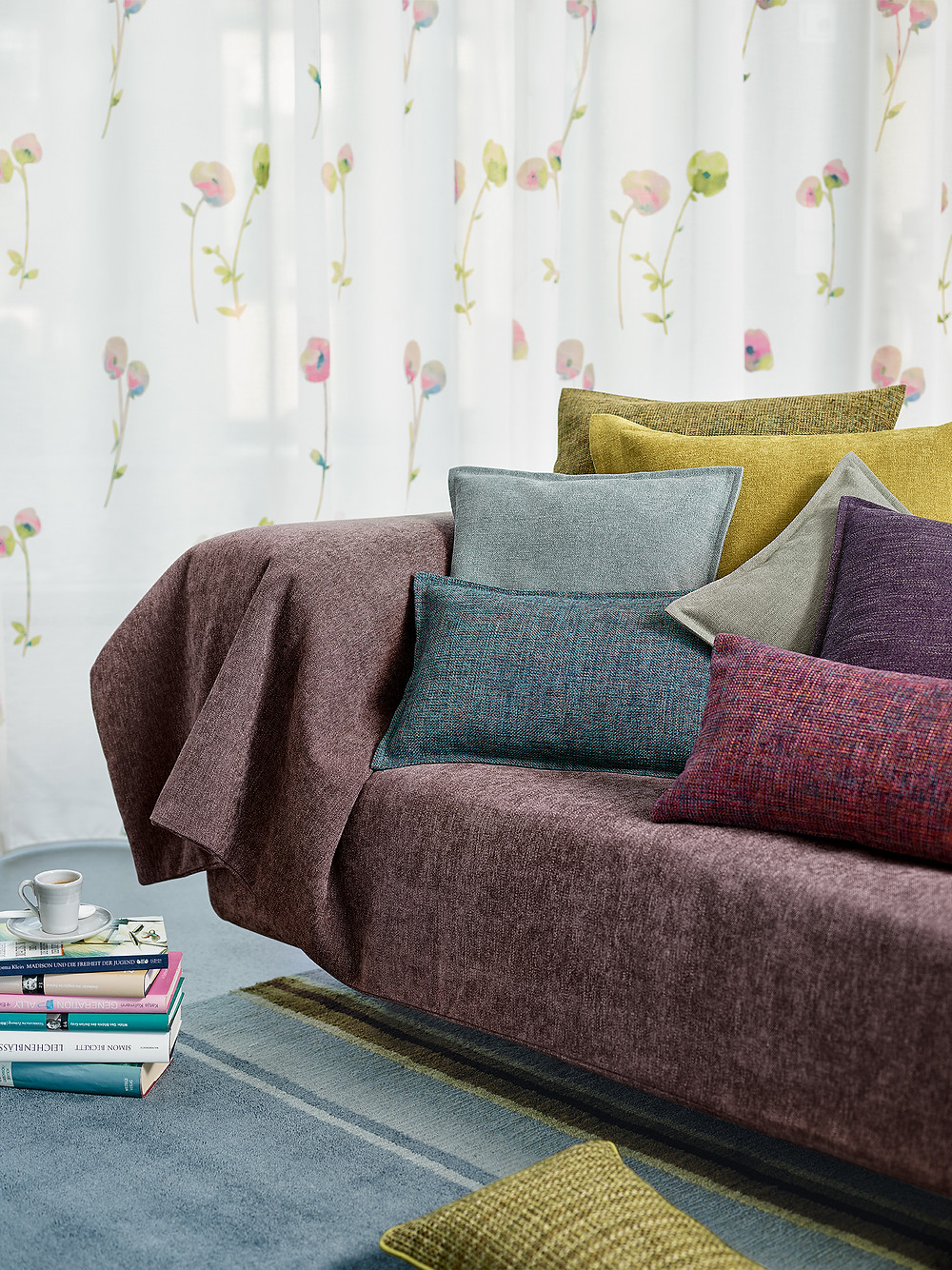 Custom-made curtains in Hong Kong, curtain fabric, upholstery and cushions