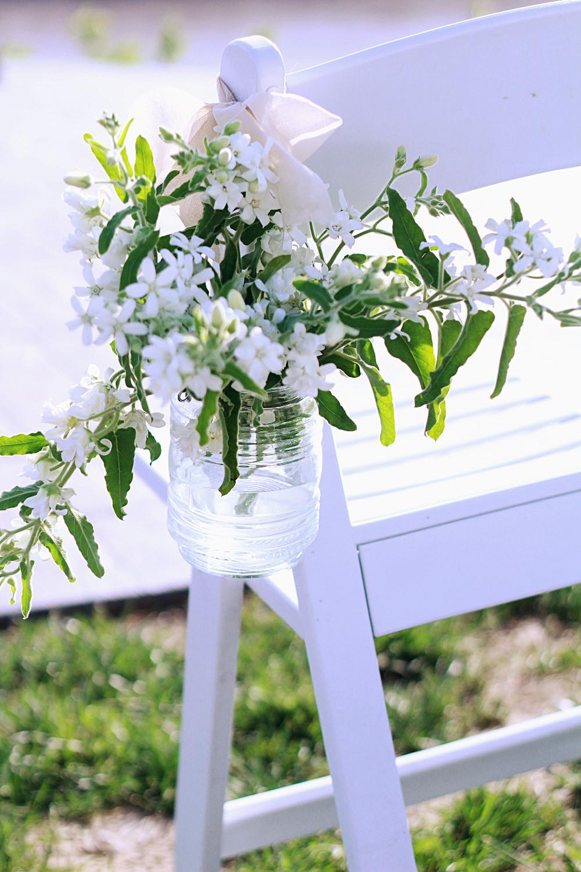 natural winery wedding, les bourgeois vineyards, rocheport, mo, blue diamond events coordinating, missouri, weddings, vintage decor, greenery, ceremony decor, vintage, white flowers