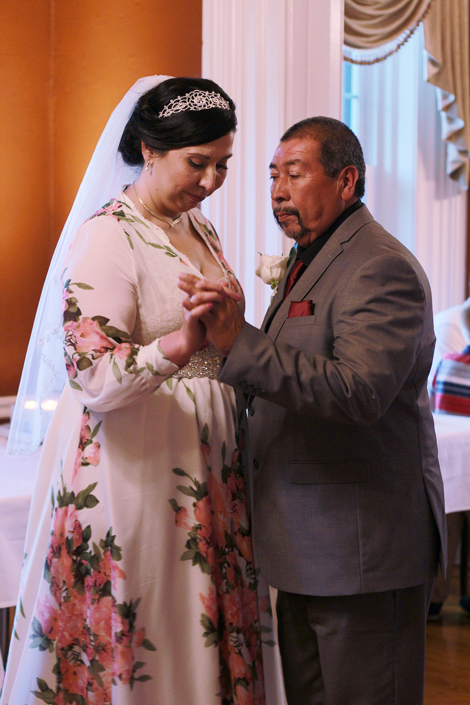 father daughter dance, bilingual dj, wedding reception, spanish english playlist, blue diamond events, the mansion 1857, o'fallon, il