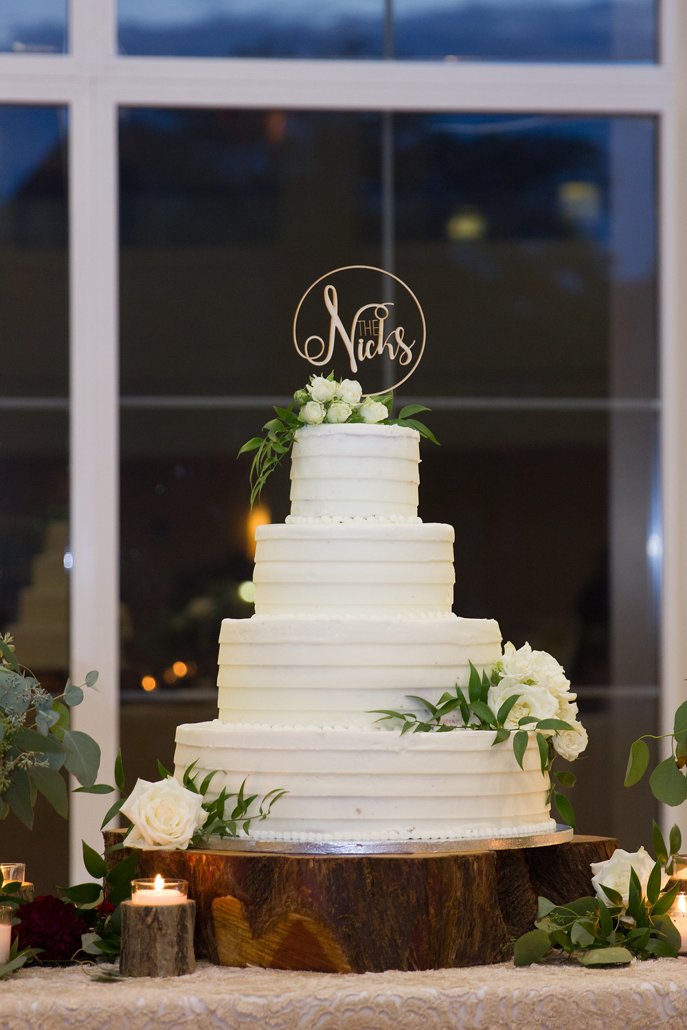 wedding cake, columbia mo, missouri wedding, photography, photographer, greenery, cake topper, reception,