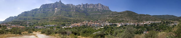 We'll enjoy a pleasant slow drive with exceptional views of the region and Montserrat Mountain