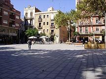 La Plaza del Diamant, en el tradicional y también bohemio barrio de Gracia, que da título a una de las novelas más conocidas de la literatura catalana