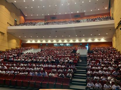 `1500 students in attendance for Skit performance.jpg
