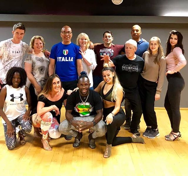 Kizomba workshop with _jeydikson in #pet