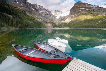 Canoes in Lake O'hara