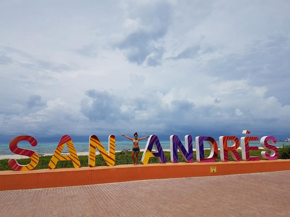 Viaje com Pouco - San Andres, Colombia