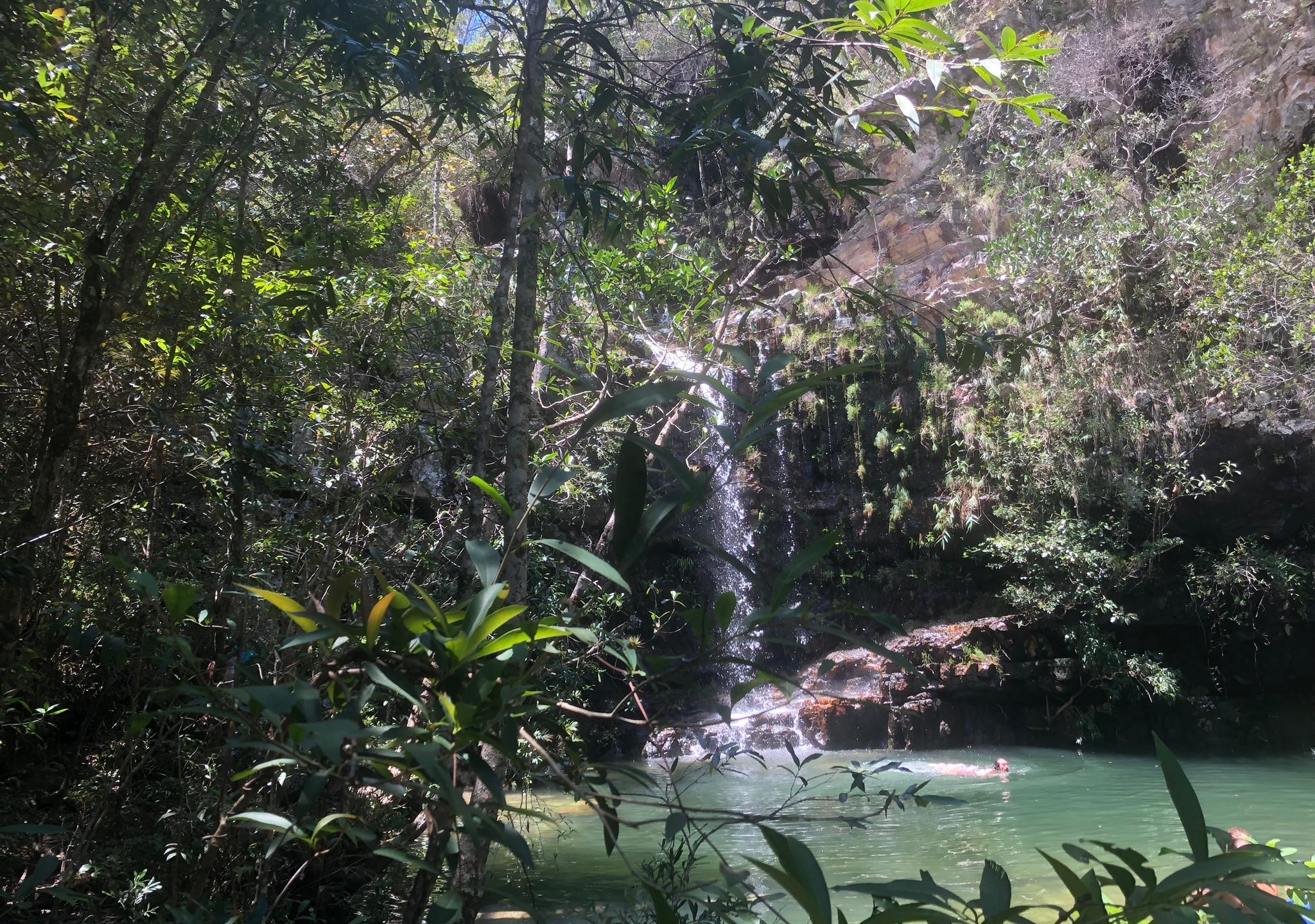 Cachoeira das Esmeraldas na Fazenda Loquinhas