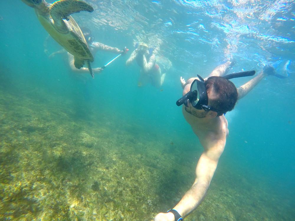 Viaje com pouco - Fernando de Noronha - snorkel na praia do porto