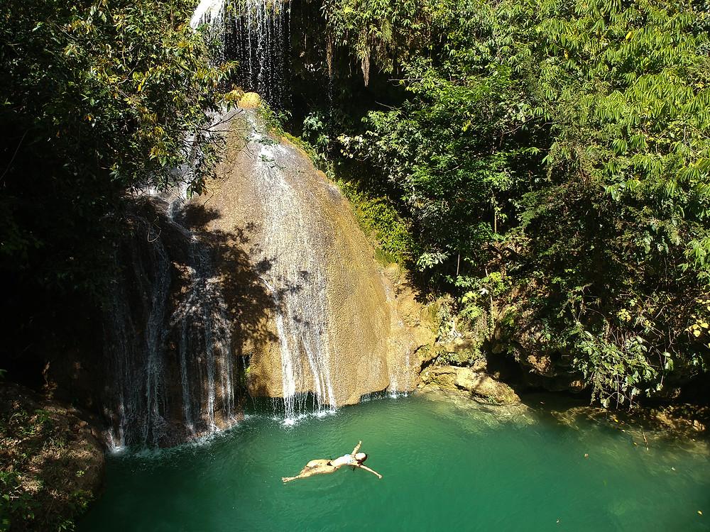Cachoeira do Poço Azul - Mambaí, Goias