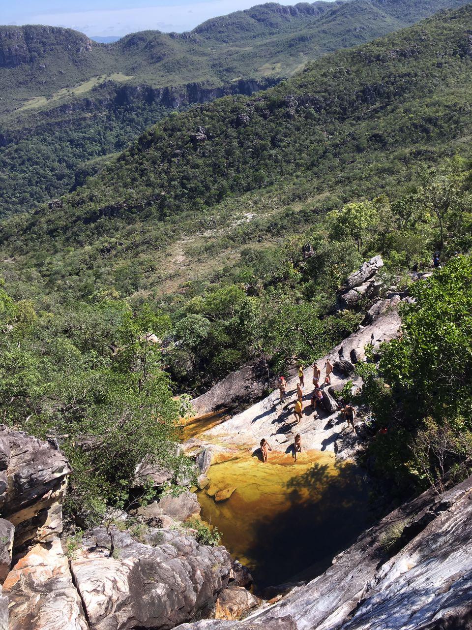 viaje com pouco - cachoeira do abismo