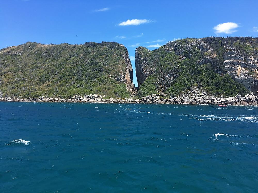 Viaje com pouco - Fenda de Nossa Senhora - Arraial do Cabo