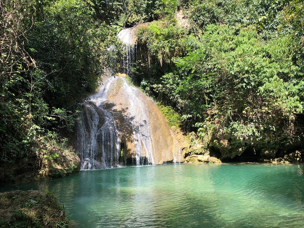 Cachoeira do Poço Azul - Mambaí