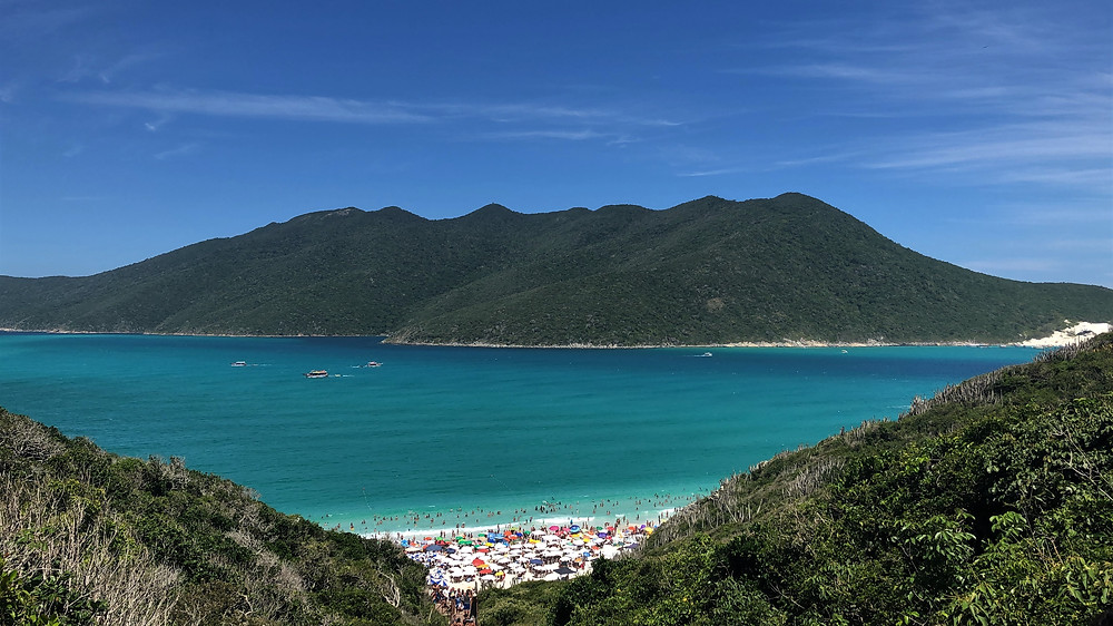 Praia do Pontal do Atalaia em Arraial do Cabo