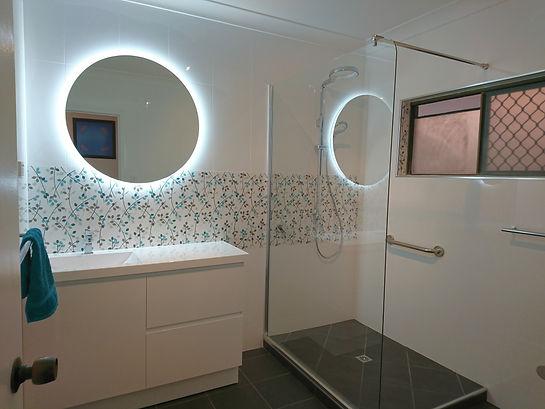 ts bathroom 1.JPG
